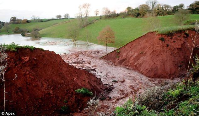 Tiverton Canal Breach